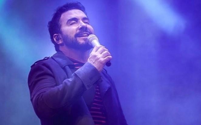 Padre Fábio de Melo diz que fará pausa na carreira musical.