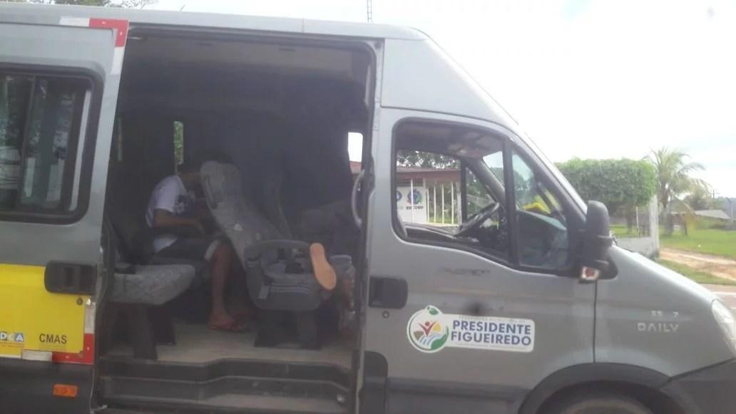 Criança espancada pela mãe sai do hospital e vai para Manaus