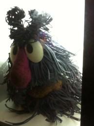 Olha o boneco original do Maú