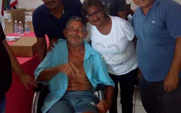Prefeitura garante doação de cadeiras de rodas para pacientes de Afonso Cunha