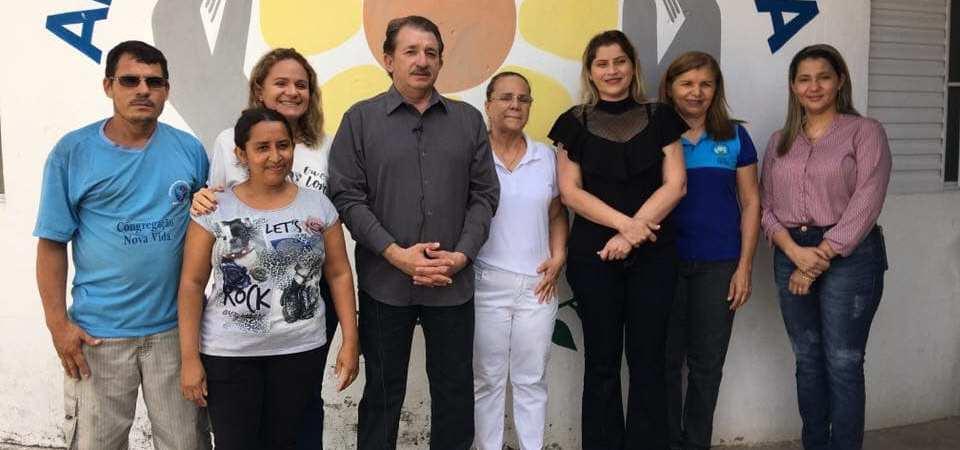 Prefeito Magno Bacelar reafirma parceria com a APAE