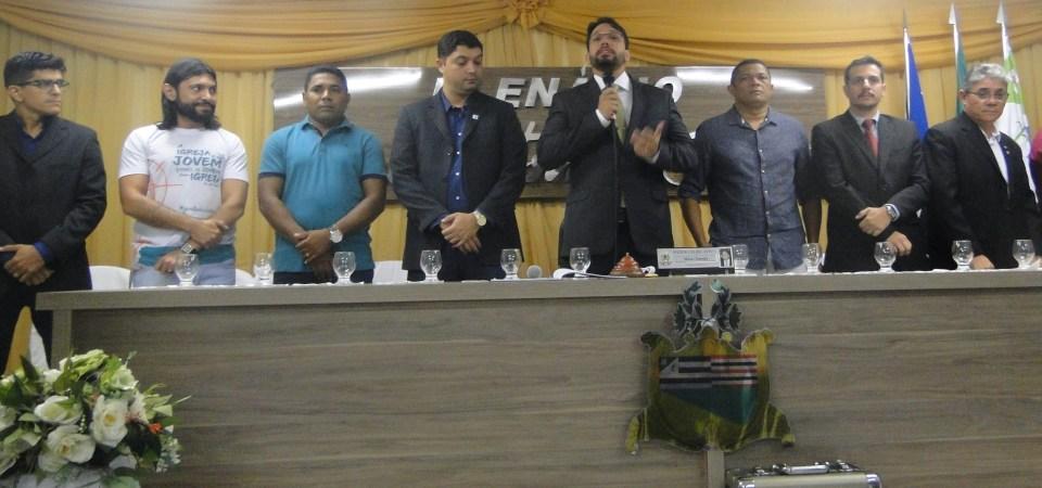 Solenidade concorrida marca reabertura dos trabalhos legislativos em Coelho Neto