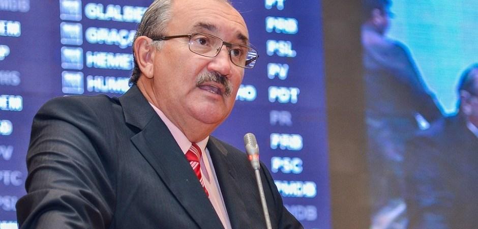 """César Pires """"iscatita"""" Duarte Júnior"""