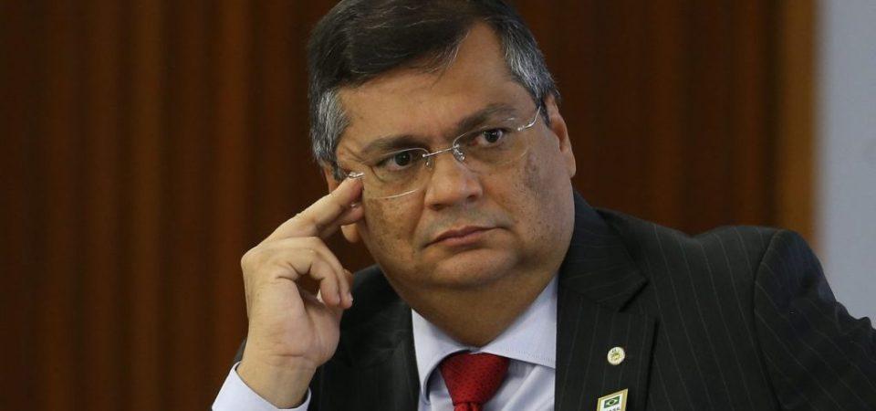 Dino se revolta com fuzilamento do Rio, mas nunca deu respostas sobre fuzilamento da PM em Balsas