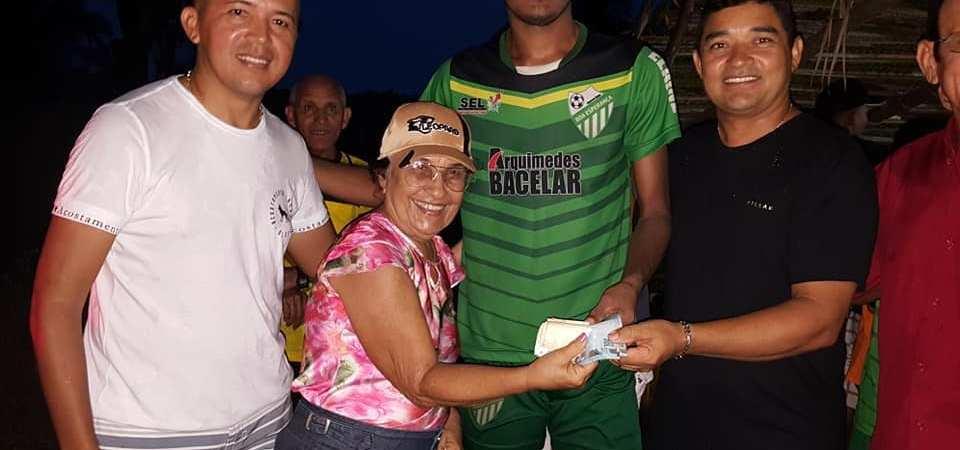 Prefeitura de Afonso Cunha participa do encerramento de mais um campeonato na zona rural