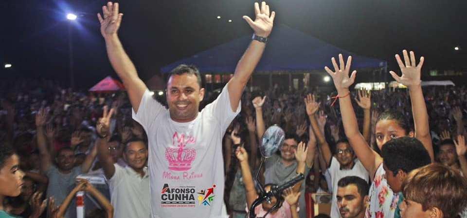 Festa das Mães reúne multidão em Afonso Cunha