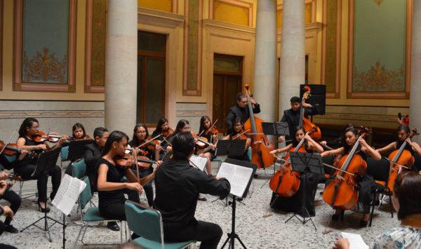 Ensamble de Cámara de Purísima del Rincón debuta en Palacio de los Poderes