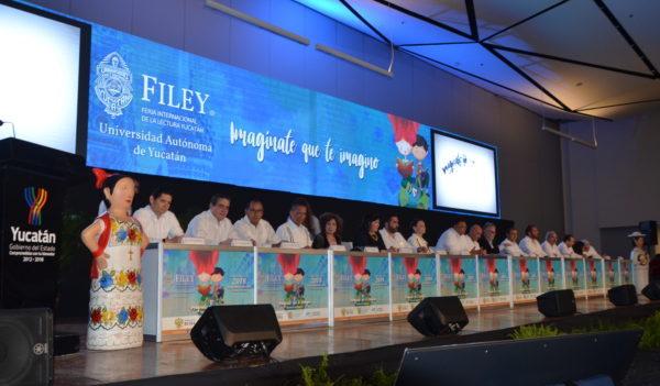 Con Rusia y Guanajuato como invitados de honor, inició la FILEY