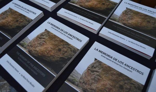 Presenta IEC libro y catálogo de la zona arqueológica de Arroyo Seco