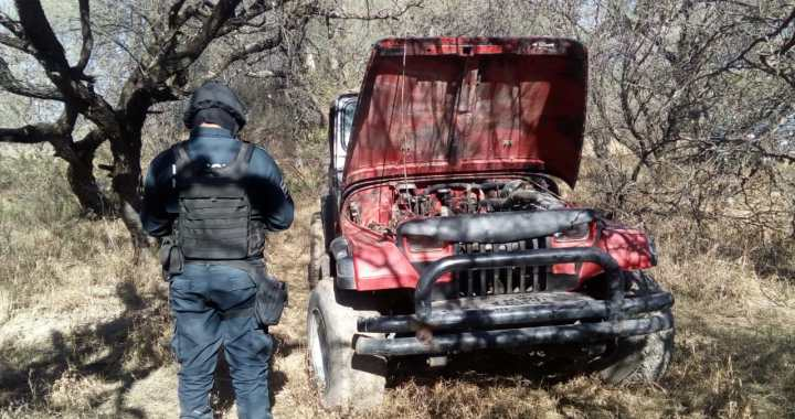 Policía recupera auto robado en Cueramaro