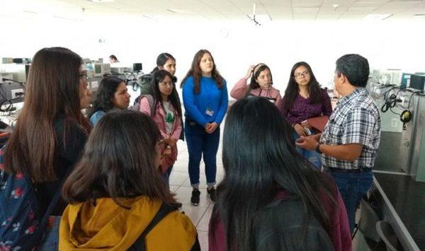 UG atrae vocación femenina a las ingenierías