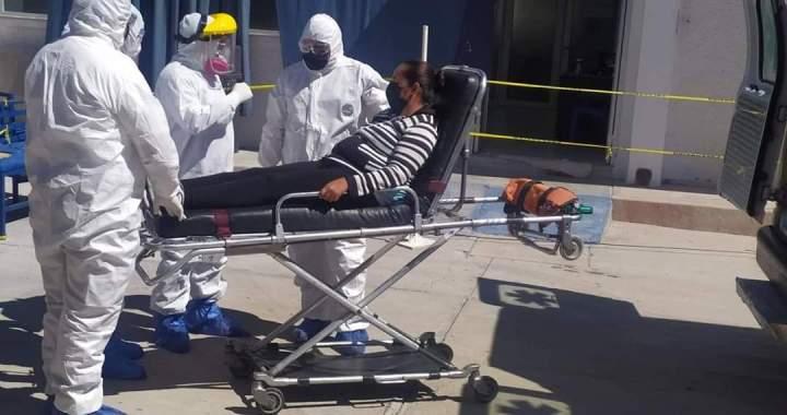 Entregan la insignia Miguel Hidalgo a 16 médicos de Guanajuato por su lucha ante el COVID