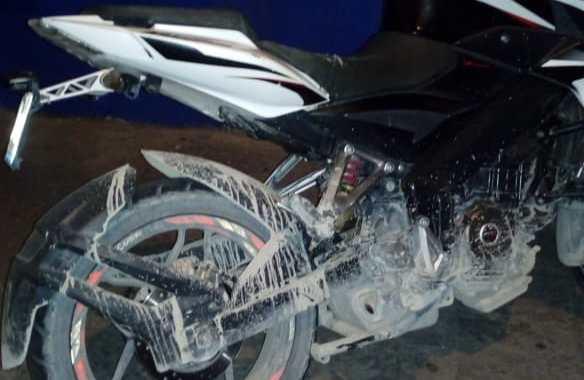 Paseaba en motocicleta robada