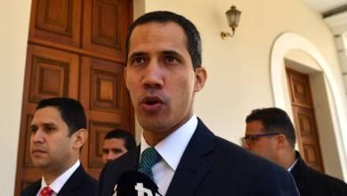 Guaidó testa fidelidade dos militares a Maduro com apelo por entrada de ajuda humanitária 5