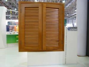 Janela veneziana articulada - veneziana móvel - esquadrias de madeira - Portalmad