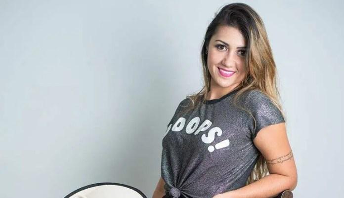 Renata Ribeiro Cardoso, cantora de Marechal Floriano desapareceu a caminho de show em Governador Valadares-MG