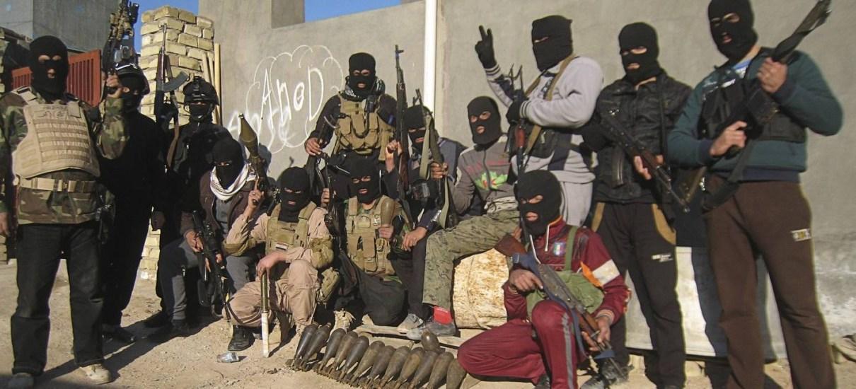 Professor de homens-bomba morreu e matou 21 alunos