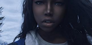 """Lola Chuil, uma jovem nova-iorquina que já tem mais de 460 mil seguidores no Instagram, apesar de ter postado apenas 39 fotos, está sendo chamada por seus fãs de """" Barbie negra"""""""