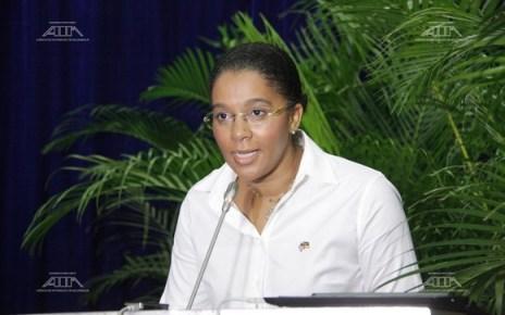 Em exclusivo a O País, a Ministra dos Recursos Minerais e Energia confirmou ter recebido a carta e diz que está à procura de soluções. Letícia Klemens assegura, no entanto, que não haverá falta de combustível