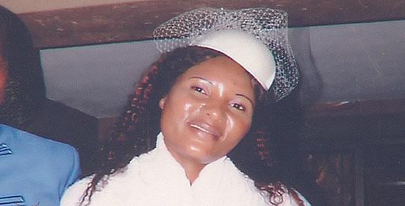 Uma mulher de 39 anos foi baleada em sua própria casa, no bairro Ndlavela, na Matola. O facto deu-se por volta das 18 horas de ontem, e não se sabe quem foram os assassinos.