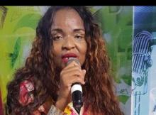 A artista moçambicana Melancia de Moz mais conhecida por Mulher Vuku Vuku decidiu adoptar um novo estilo para a sua carreira e na sua vida social.