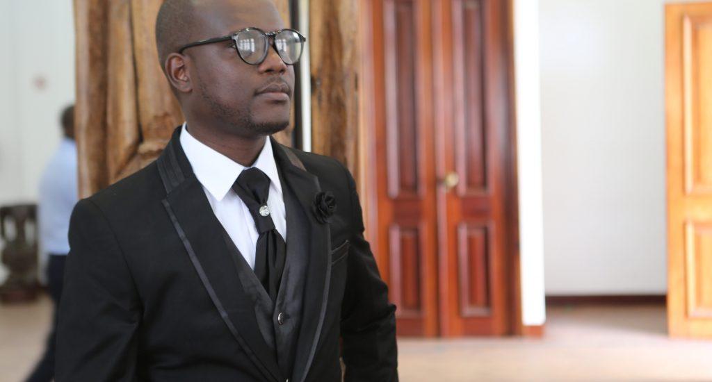 O músico N'Star foi quem deu voz ao hino alusivo a 3ᵃ edição do festival do Pandza, que vai ter lugar no próximo dia 07 de Outubro, na propalada terra da boa gente, Inhambane.