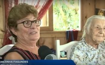 A idosa de 104 anos ficou dois meses sem trabalho após a morte de seu patrão, mas conseguiu uma recolação depois de uma campanha na internet.