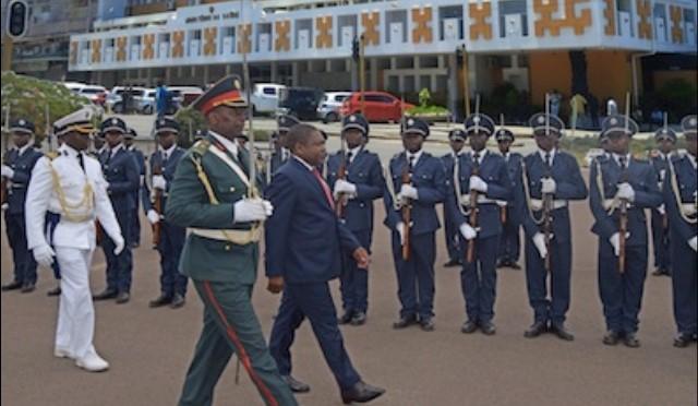 O Presidente Filipe Jacinto Nyusi reduziu em mais de 200 milhões de meticais a verba para medicamentos no Orçamento de Estado(OE) de 2018