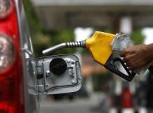 Os preços de combustíveis e outros produtos petrolíferos mantêm-se inalterais exceptuando o petróleo de iluminação que sofreu uma ligeria subida