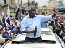 Independentemente dos sentimentos que temos sobre ele, a política Moçambicana não pode ser contada sem se evocar o nome de Afonso Dhlakama
