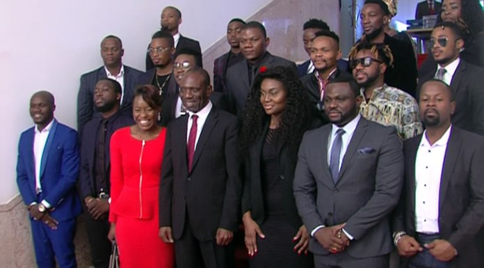O Primeiro-Ministro, Carlos Agostinho do Rosário, recebeu, esta tarde, no seu Gabinete, em Maputo, a Bang Entretenimento