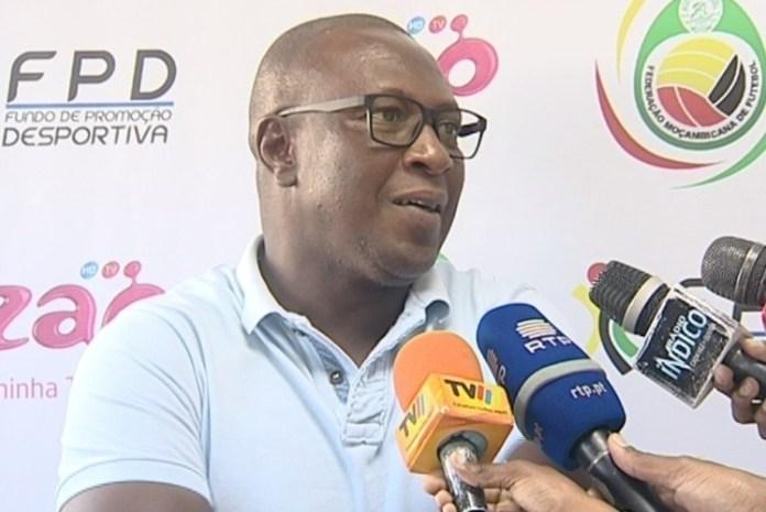 treinador, Chiquinho Conde, foi afastado esta segunda-feira, do comando técnico da União Desportiva de Songo (UDS), devido aos maus resultados