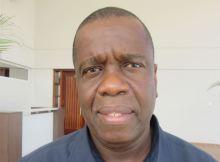 """Simango, 54 anos de idade, dirige a autarquia da Beira há três mandatos consecutivos, desde 2003, diz """"não quero ser candidato a presidente de Moçambique""""."""