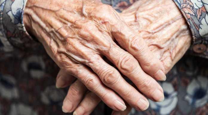 Completou 129 anos e é, supostamente, a pessoa mais velha do mundo. Contudo, KokuIstambulovacontinua a afirmar que gostava de ter morrido quando era mais jovem