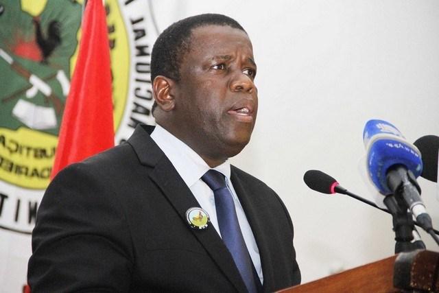O presidente do Movimento Democrático de Moçambique (MDM), Daviz Simango, nega a existência de uma crise interna na formação partidária que dirige