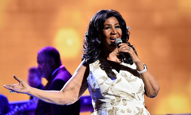 Aretha Franklin morreu esta quinta-feira, avança a Associated Press, citada pelo Notícias ao Minuto. A cantora, rainha do soul, como era conhecida