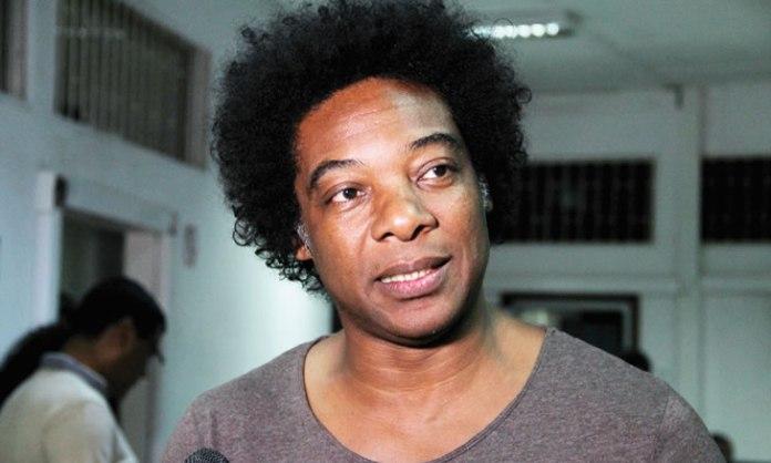 O músico moçambicano, Stewart Sukuma, é parte do vasto naipe de artistas convidados para Festas do Mar de Cascais 2018.