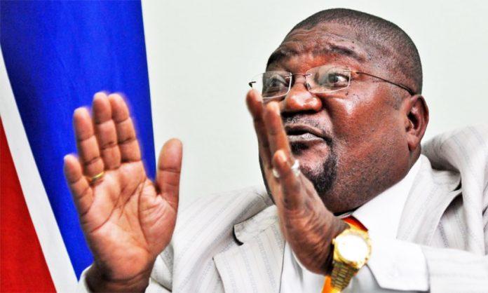O coordenador da Comissão Política da Renamo, Ossufo Momade, apelou, na segunda-feira, para uma campanha eleitoral ordeira