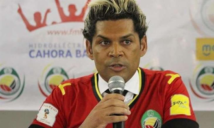"""O treinador dos Mambas, Abel Xavier classifica a derrota em frente a Namibia, como cruel e """"um duro golpe"""" para se sofrer na própria casa em frente a milhões de nacionais"""