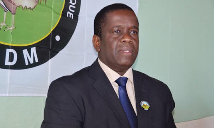 Prometeu Daviz Simango, adiantando que a prioridade é garantir a construção do aterro, rede de abastecimento de água, rede de esgoto, de energia e um sistema de drenagem para que a população possa viver sem inundações