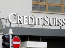 """O banco Credit Suisse, em comunicado, distancia-se da fraude que caracterizou as chamadas """"dívidas ocultas"""". Sobre os seus três antigos-funcionários ora detidos"""