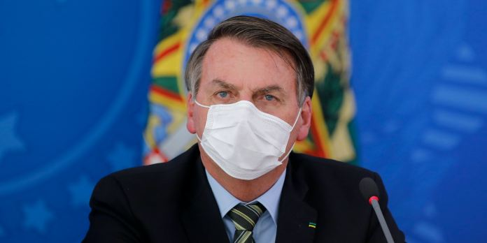 Bolsonaro mortes covid