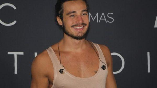 Após nude, suposto vídeo íntimo de Tiago Iorc explode na web
