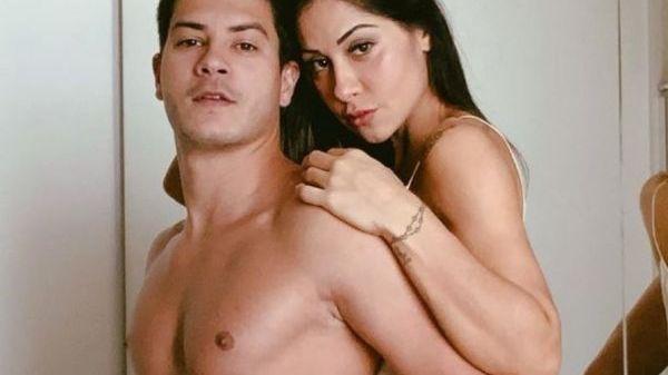 """Mayra Cardi sobre Arthur Aguiar: """"Preferia que tivesse me traído com um homem, fosse passivo"""""""