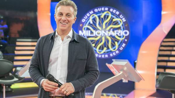 Globo dá quatro meses para Luciano Huck decidir se sai candidato à presidência