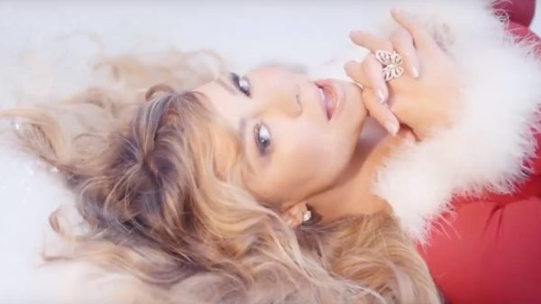 """All I Want for Christmas is You"" retorna para o Top 30 da Billboard Hot 100"