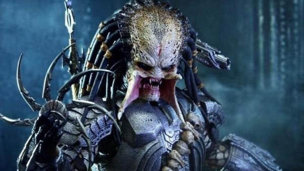 """Com diretor de """"Rua Cloverfield, 10"""", novo filme de """"O Predador"""" é confirmado"""