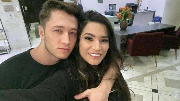 Ex de Raissa Barbosa, de A Fazenda, faz sucesso como ator pornô gay