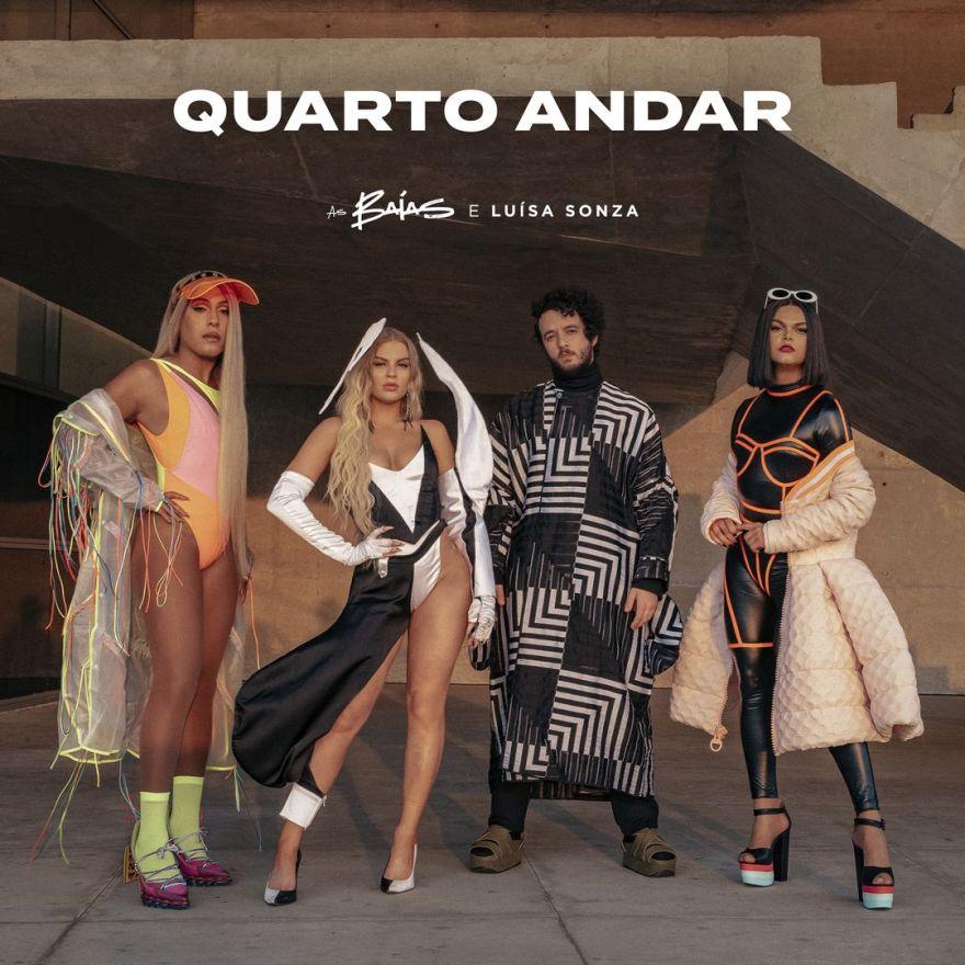 """Capa """"Quarto Andar"""", parceria entre As Baías e Luísa Sonza (Foto: Divulgação)"""