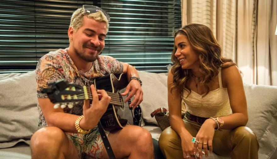 Anitta e Thiago Martins em Amor de Mãe (Divulgação/TV Globo).
